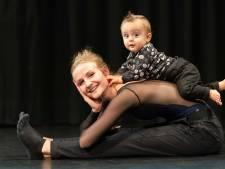 Vivian kreeg de tweede Introdans-baby in 47 jaar
