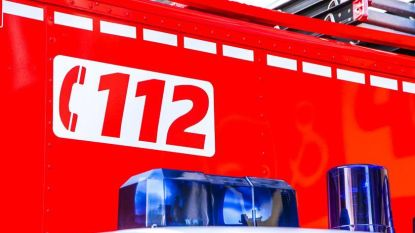 Woningbrand in Bachte-Maria-Leerne: 1 persoon naar ziekenhuis met rookinhalatie