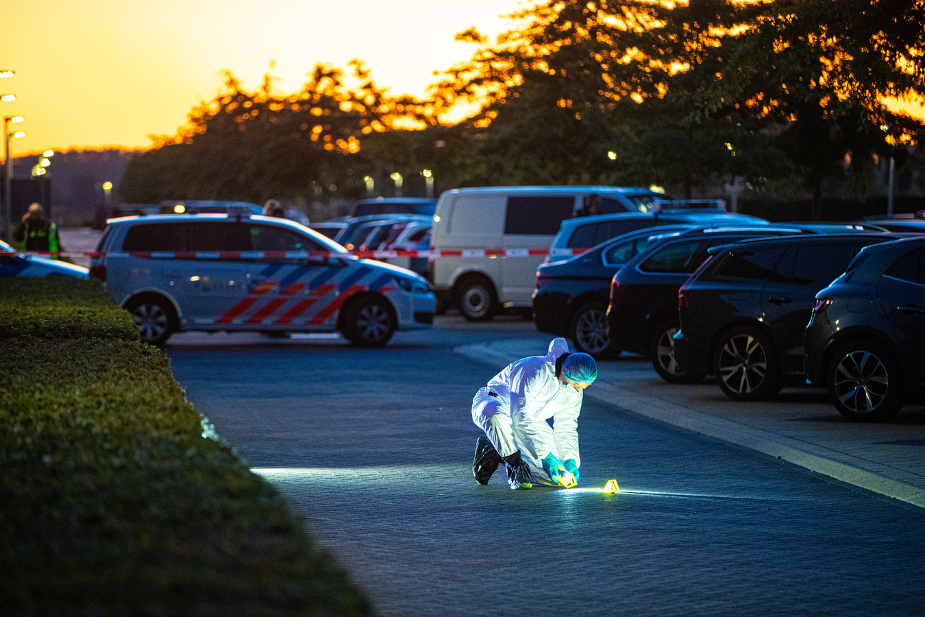 Politieonderzoek in de Van Disselstraat in Stadshagen.