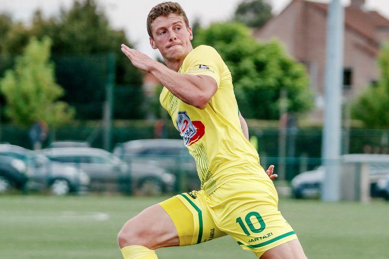 Michel Ternest scoorde de enige goal in de match tegen leider Bambrugge.