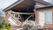 VIDEO. Vrachtwagen rijdt woning binnen, familie ziet ouderlijk huis gesloopt worden
