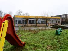 Leerdamse scholieren krijgen les in anti-kraak bewoonde basisschool die twee jaar leegstond