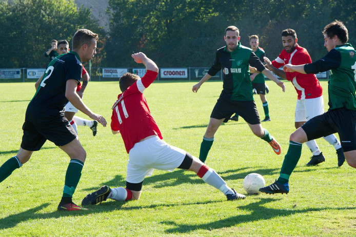 Beeld uit de Maas en Waalse derby AAC-Olympia-Batavia.