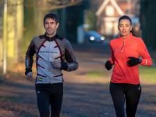7 marathons in 7 dagen op 7 continenten: 'Wat een gave huwelijksreis gaat dit worden'