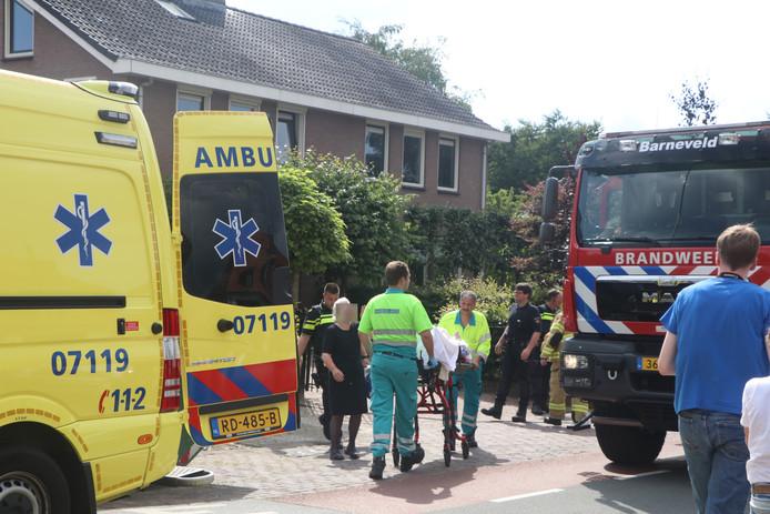 Een persoon is met brandwonden afgevoerd naar het ziekenhuis.