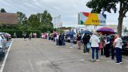 Derde openingsdag op rij aanschuiven geblazen aan Brantano in Essen