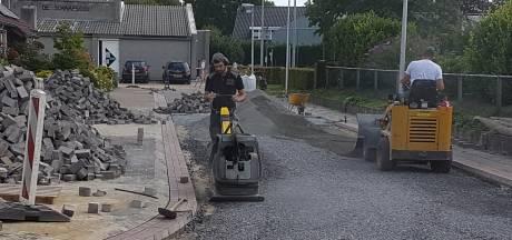 Wateroverlast 't Lange in Gastel aangepakt: 'Na een flinke regenbui kon je met een bootje door de straat'