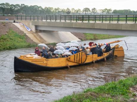 Agrariërs in de Meene halen opgelucht adem nu ze weer met groot materieel over nieuwe bruggen kunnen