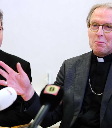Bossche hulpbisschop Mutsaerts meldt zich bij paus af: 'Eerst opheldering over schandalen'