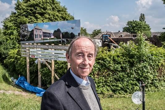 Wim Reijnen in de Ooij gaat zijn 2 jaar geleden afgebrande boerderij aan de Erlecomsedam 2 (langs Oortjeshekken) helemaal herbouwen. Hier komen dan ook appartementen in.