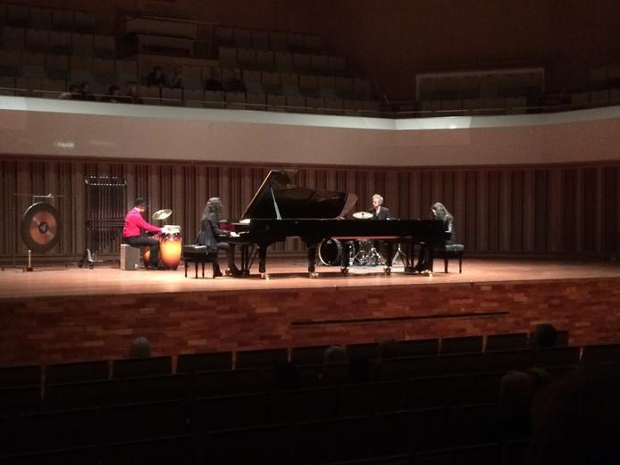 Dubbelconcert pianoduo Katia en Marielle Laèque in Muziekgebouw Frits Philips in Eindhoven. (Archieffoto)