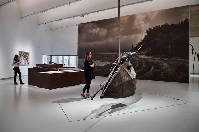 Beeld van de expo met onder meer werk van Johan Claassen.
