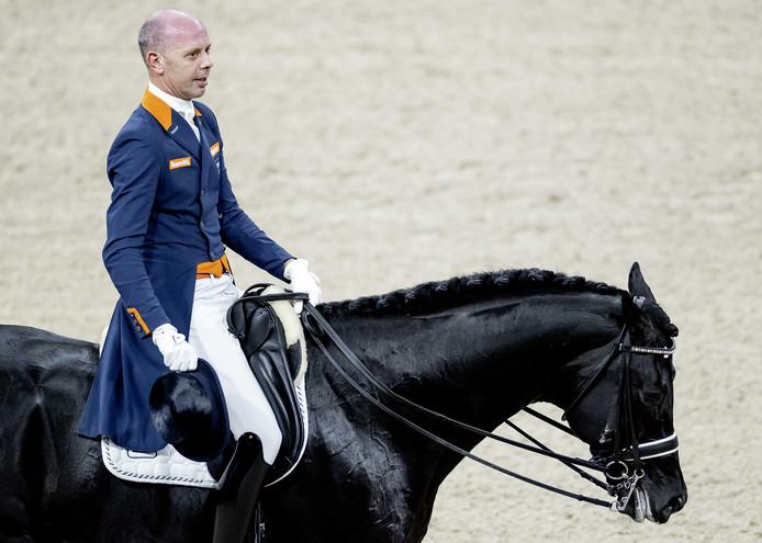 Hans Peter Minderhoud in actie tijdens de dressuur op Jumping Amsterdam.