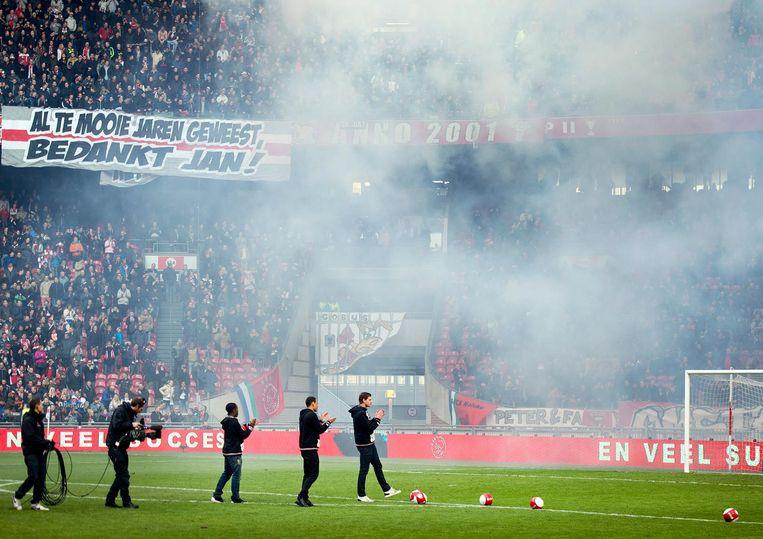 2013: Jan Vertonghen, Gregory van der Wiel en Vurnon Anita nemen afscheid van het Ajaxpubliek in de Amsterdamse Arena. Beeld anp
