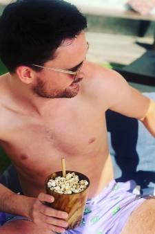Domien smult van een popcorncocktail en PSV feliciteert een clubheld