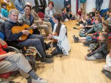 Muzikale pakjesochtend voor senioren en junioren in Wemeldinge