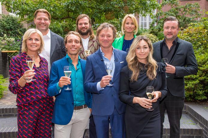 Irene Moors, Dennis van der Geest, Tim Ouborg, Jeroen van der Boom, Frits Sissing, Anouk Smulders, Dominique van Hulst en Dennis Weening tijdens de lancering van Celebabs.