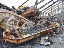 Rondvaartboten Yselvaert gaan bijna jaar na brand Marnemoende weer varen