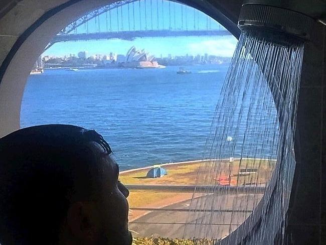 """Dit postte Mehajer vanochtend op zijn Facebook: """"Goedemorgen aan de beste stad ter wereld."""""""