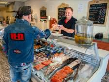 Visboer Hans van der Heijden (61) stopt; na ruim een halve eeuw heeft Vught geen viswinkel meer