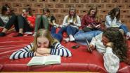 """Don Boscocollege promoot lezen tijdens zevende lesuur: """"Laat alles vallen en neem je boek"""""""