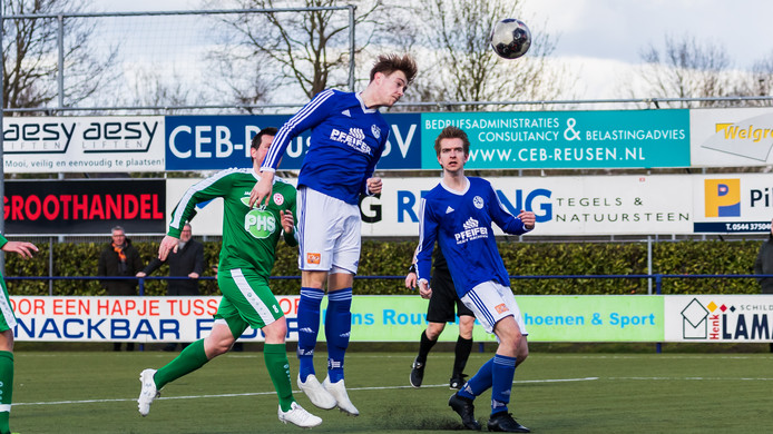 Luc Berentsen scoorde een hattrick voor Grol.
