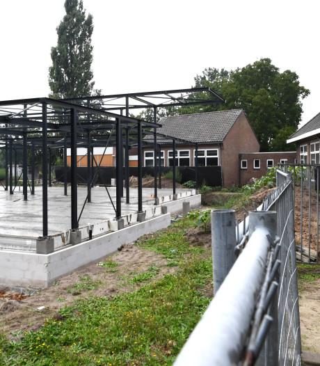 School Dongen-Vaart meters uit de richting gebouwd; college legaliseert fouten