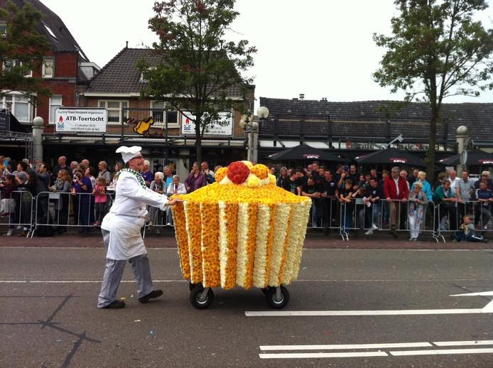 Wagen 2 Borkel en Schaft met Gefeliciteerd...taart!