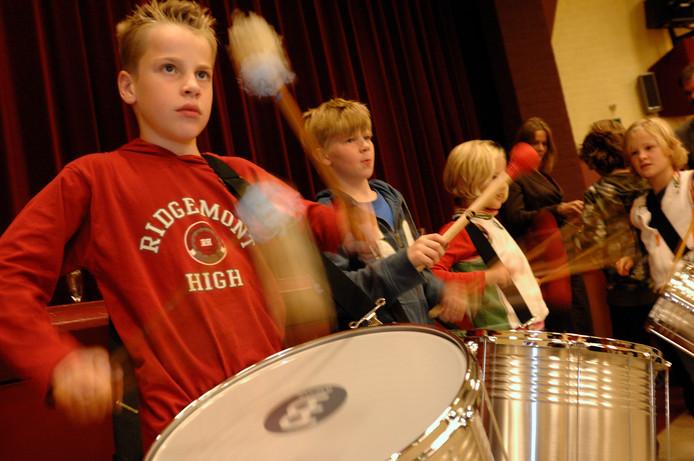 Muziek en dans op Overbetuwse basisscholen.