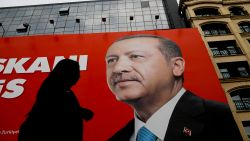 Turken massaal naar de stembus, alcohol verboden op verkiezingsdag