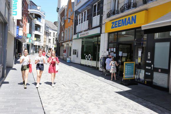 De Basiliekstraat in Halle is tijdens de openingsuren in Halle voorbehouden aan voetgangers.