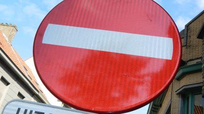 Eenrichtingsverkeer in Bellemstraat weer van kracht (maar dat heeft nog niet iedereen door)
