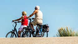 Fiets meenemen op vakantie? Dit zijn de beste fietsdragers voor op de auto