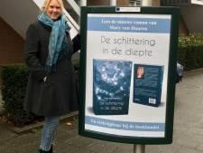 Etten-Leurse schrijfster Mary van Duuren signeert haar boeken bij The Readshop in haar woonplaats