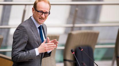 """Oppositie stelt zich vragen bij 'overkappingsfonds' Antwerpse Ring, Weyts reageert geïrriteerd: """"Stop met uw zwartgallige discours"""""""