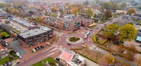 Overijsselse burgemeesters op stap in Staphorst