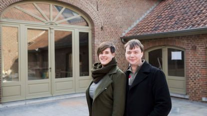 Myrthe en Guus openen Poort 82