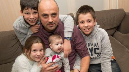 Pas bevallen Stefanie (33) sterft aan trombose: echtgenoot fietst naar Compostela als eerbetoon