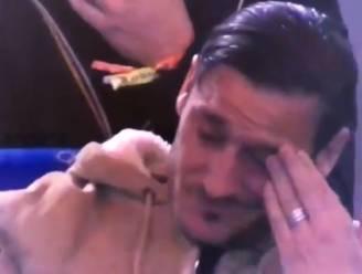 Emotie in Rome: Totti tot tranen toe bewogen dankzij steun van fans