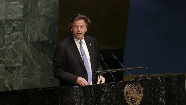 Minister Bert Koenders van Buitenlandse Zaken spreekt tijdens een VN-conferentie in New York over het tegengaan van de verspreiding van kernwapens. Beeld epa