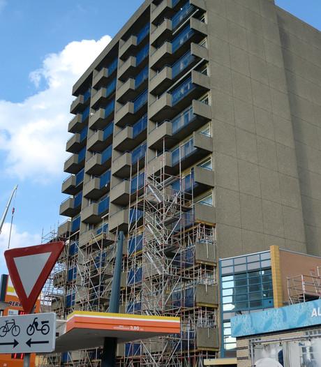 Herstel balkons Roosendaalse flat gaat maanden duren