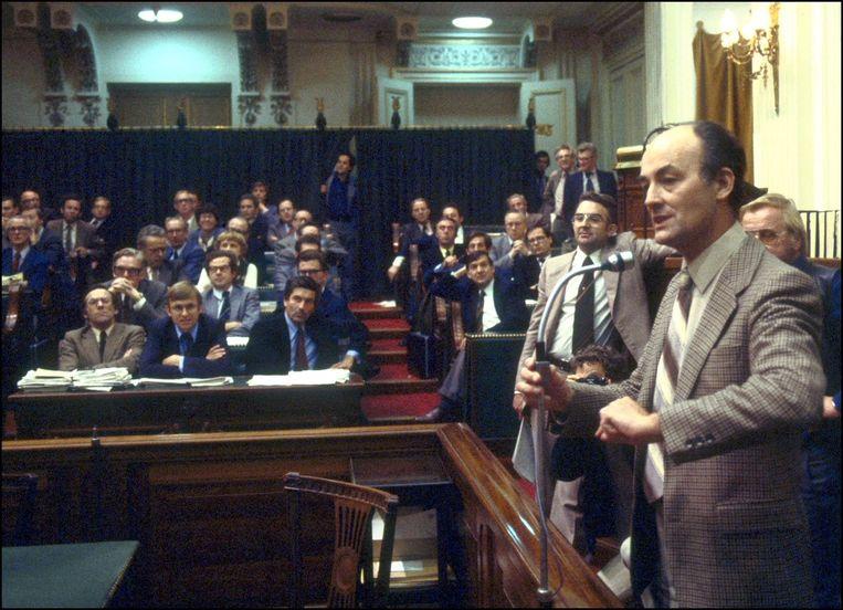 Willem Aantjes in de oude Tweede Kamer Beeld anp