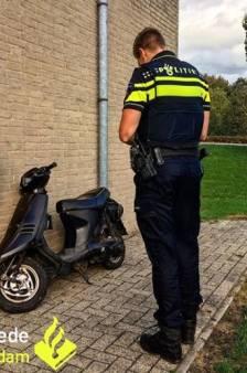 Scooterrijder krijgt meerdere bekeuringen in Groot-Ammers