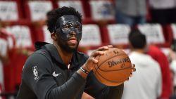 NBA-speler toont staaltje onsportiviteit en trapt op gezichtsmasker tegenstander, met stevige boete tot gevolg
