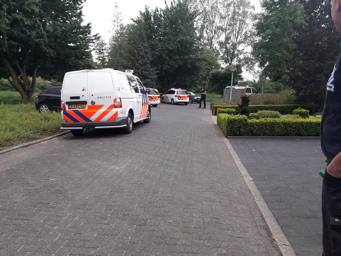 Veel politie op de been na knallen in Doetinchem.