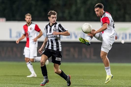Debutant Orkun K�kc� in actie tijdens Gemert - Feyenoord.