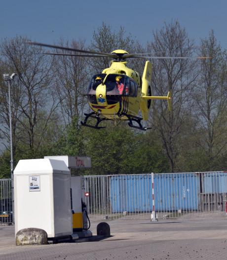 Man zwaargewond na val van vrachtwagen in Waardenburg