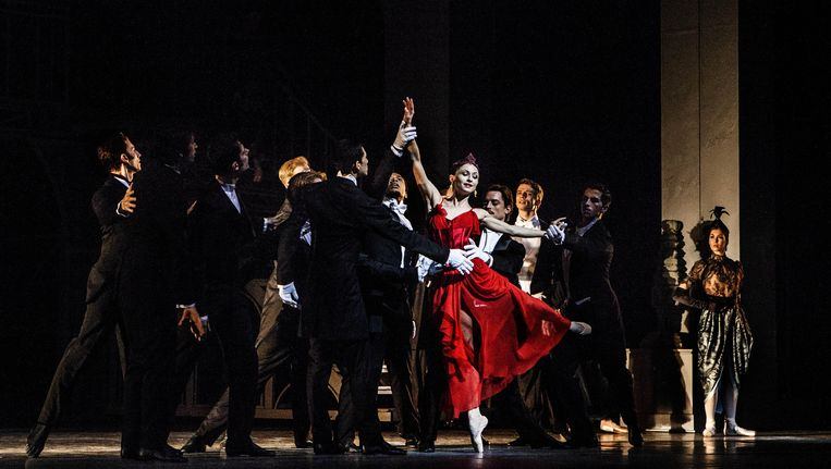 Anna Tsygankova als Mata Hari. Beeld Aurélie Geurts