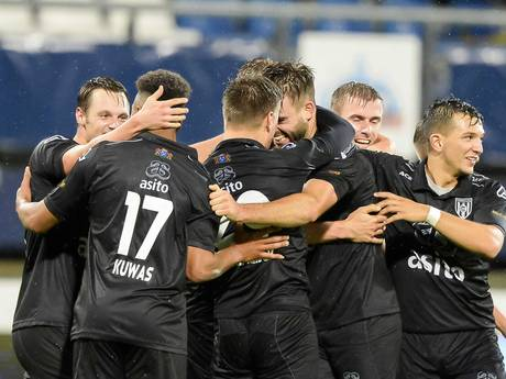 Invaller Mihajlovic redt diep in blessuretijd punt voor Heerenveen