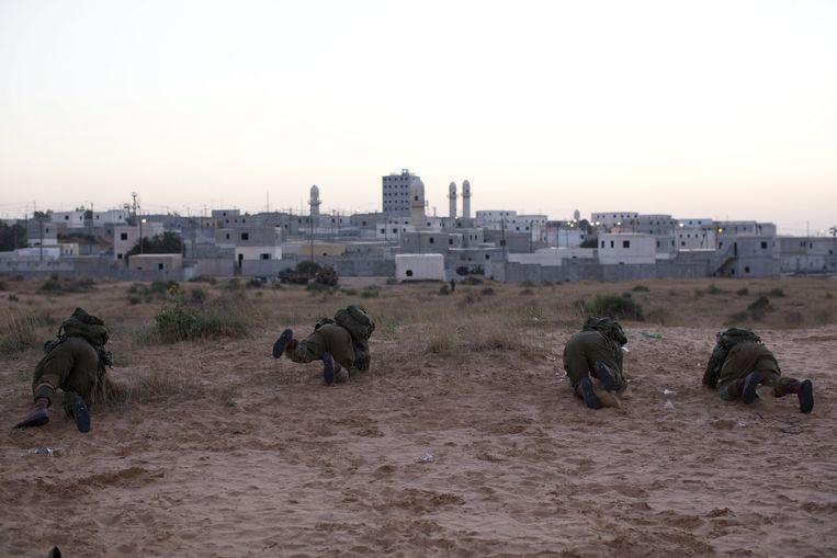 Israëlische soldaten tijdens een militaire oefening in Gaza. Beeld epa